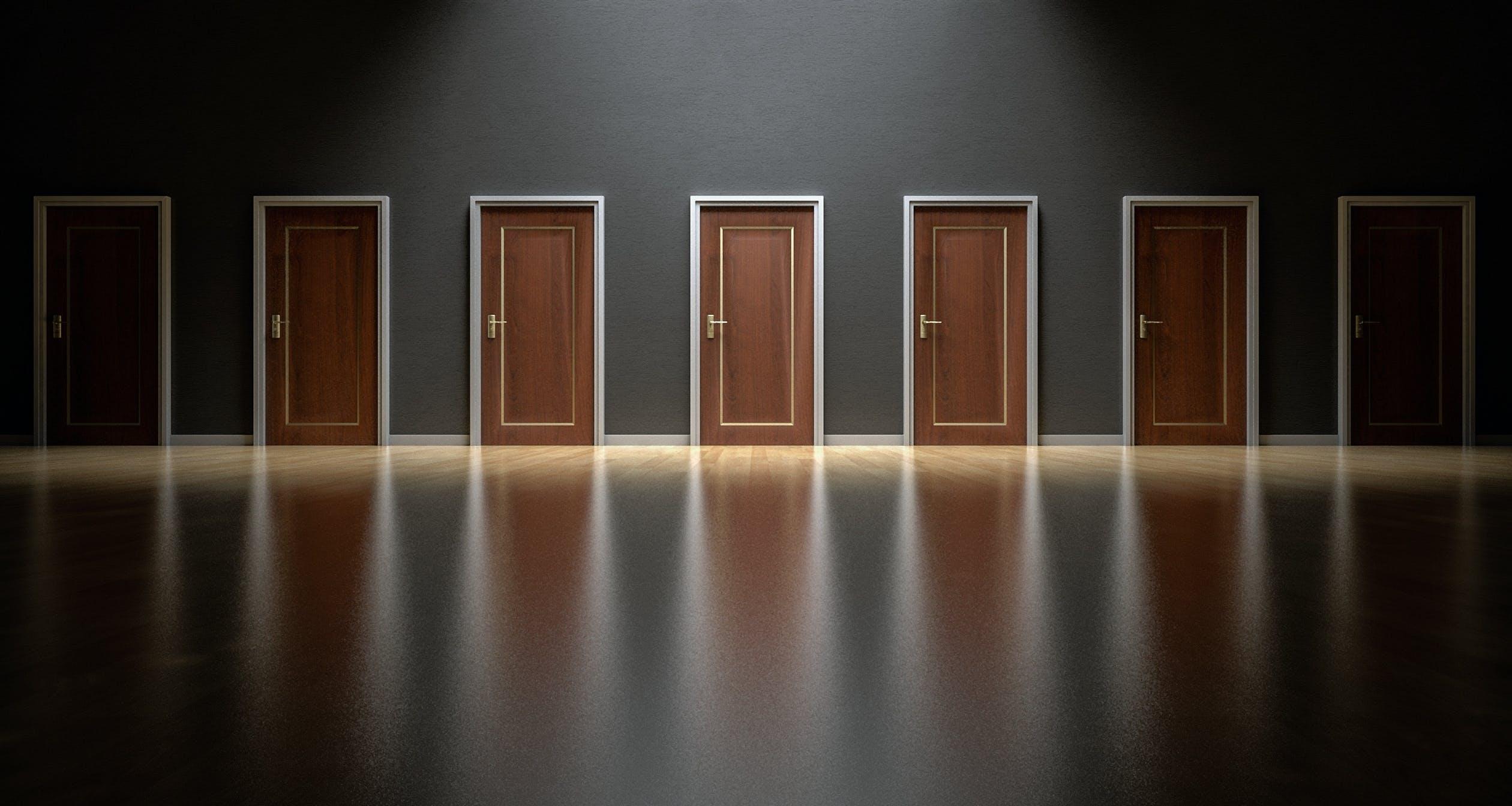 Leasing operacyjny czy kredyt — co się bardziej opłaca?