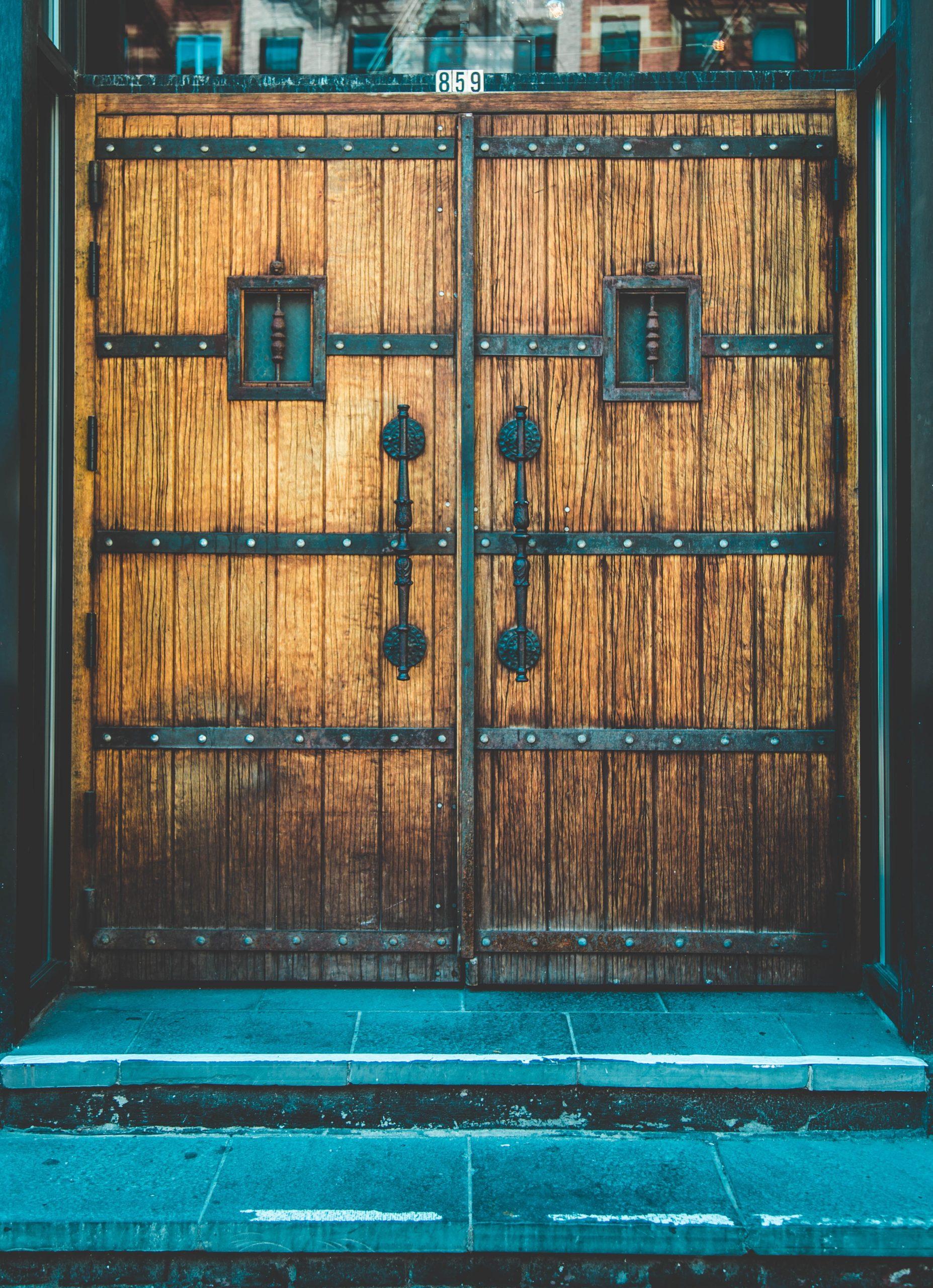 Pożyczka leasingowa na lakiernię i linię do klejenia drzwi [case study]